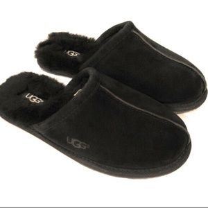 UGG pearle black slippers